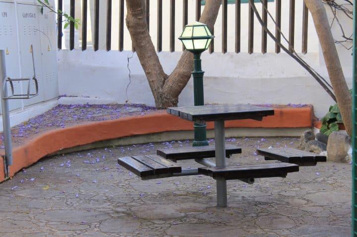 Mesa en un Parque de Telde