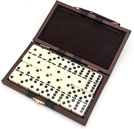 juego de mesa del dominó